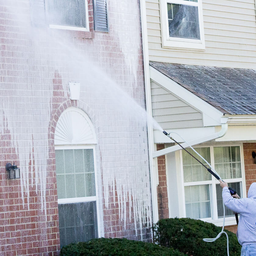 Multi-Unit housing pressure washing services